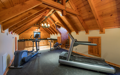 170601-Chris-and-Cami-Photography-0018 - exercise equipment in cabin